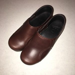 Dansko Dark Brown Leather Clogs 38
